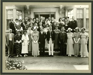Calvert family wedding, c. 1935. (Peel Archives/PAMA, McGuigan-Parr Collection)